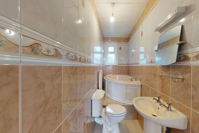 Bathroom of Bridge Street, Newbridge EH28