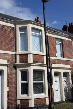 Thumbnail Flat to rent in Doncaster Road, Sandyford, Sandyford