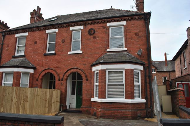 Thumbnail Flat to rent in Victoria Road, Chester