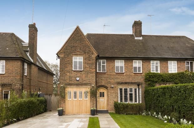 Thumbnail Semi-detached house for sale in Kingsley Way, Hampstead Garden Suburb, London