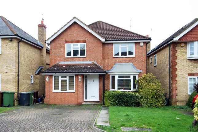 4 bed property for sale in The Birches, Bushey WD23.