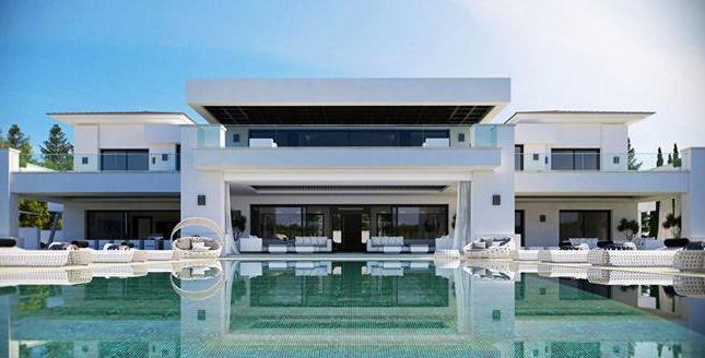 Thumbnail Villa for sale in Sotogrande, Sotogrande, Cádiz, Andalusia, Spain