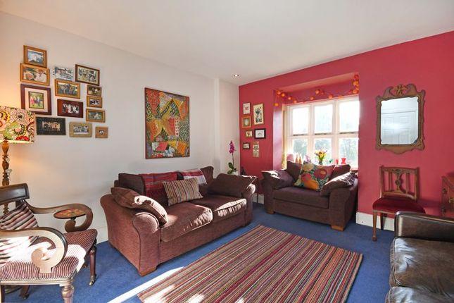 Lounge of Tapton Park Gardens, Tapton Park Road, Ranmoor, Sheffield S10