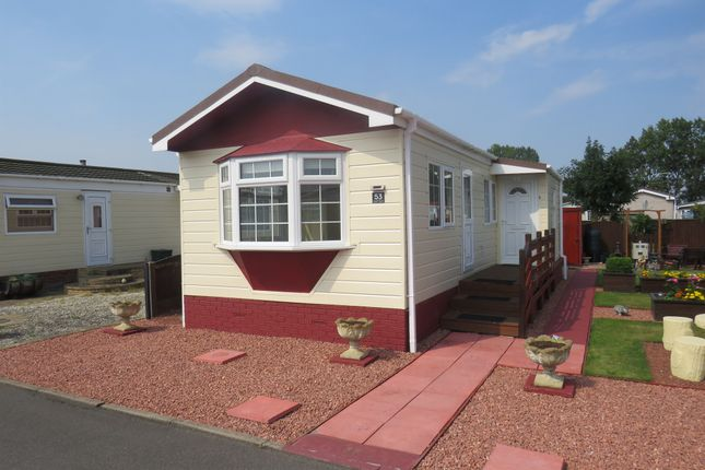 Thumbnail Mobile/park home for sale in Bawtry Road, Hatfield Woodhouse, Doncaster