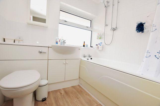 Bathroom of Sherwood Close, Heavitree, Exeter EX2