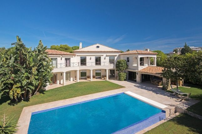 Villa for sale in Juan Les Pines, French Riviera, France