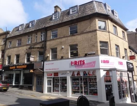 Office to let in Piccadilly Corner, 2-4 Piccadilly, Bradford