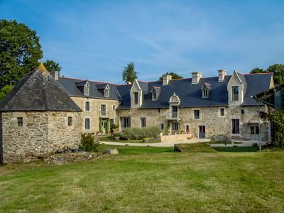 Thumbnail Country house for sale in Brusvily, Côtes-D'armor, France