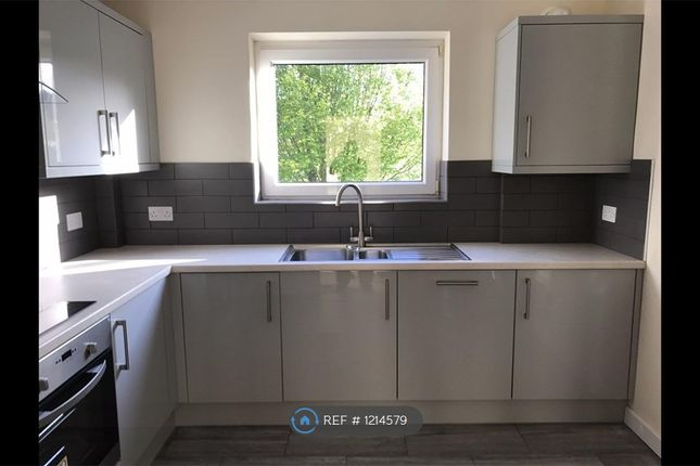 2 bed flat to rent in Retford House, Bath BA2