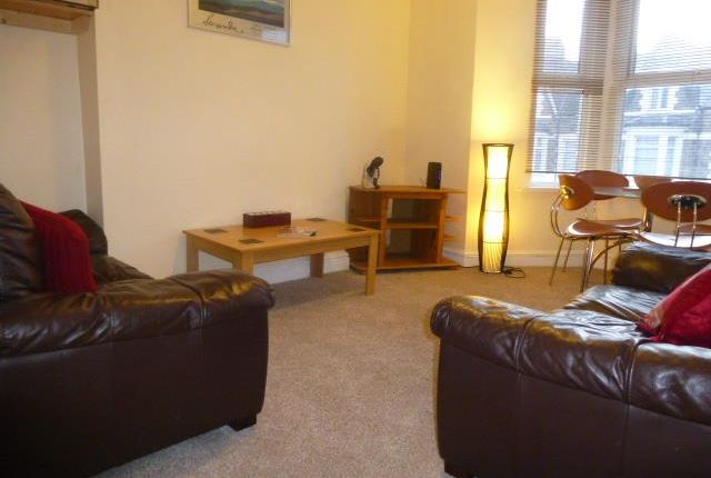 Thumbnail Flat to rent in Kings Road, Canton, Cardiff