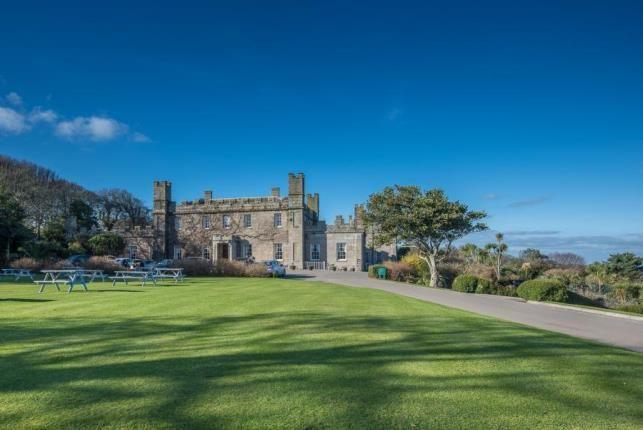 Tregenna Castle St Ives Tr26 4 Bedroom Cottage For Sale