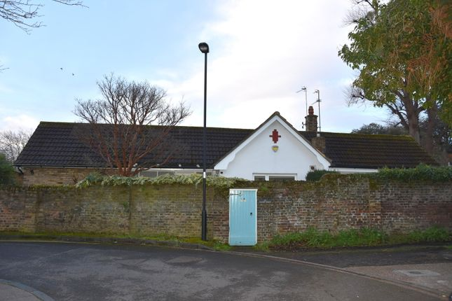 Thumbnail Detached bungalow for sale in Chapel Street, Enfield