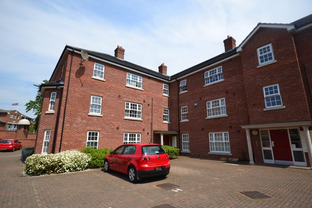 Thumbnail Flat for sale in Lambeth Road, Colchester