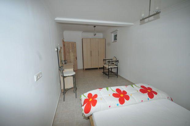 Apartment Bedroom (4)