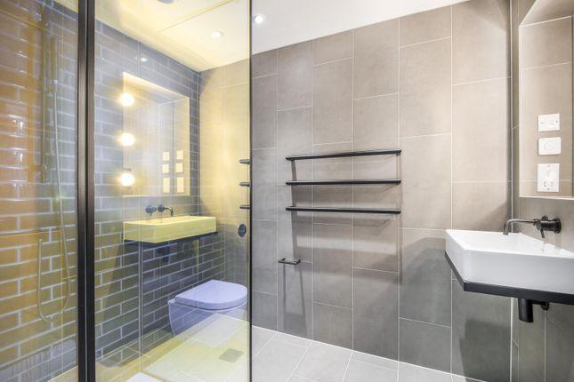 En-Suite of No.2, Upper Riverside, Greenwich Peninsula, Cutter Lane SE10