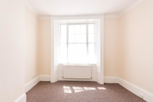 3 Bed Flat For Sale In Pelham Crescent Hastings Tn34 Zoopla
