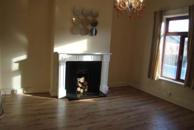 2 bed flat to rent in Walton Road, Stockton Heath, Warrington
