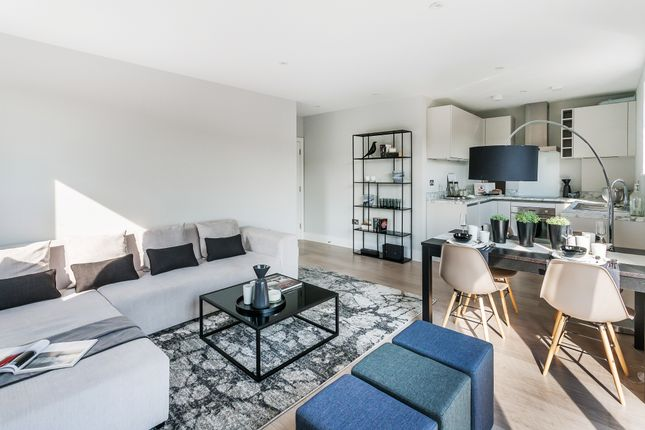 Living Room of Whyteleafe Hill, Whyteleafe CR3