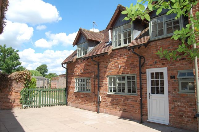Thumbnail Cottage to rent in High Street, Alcester