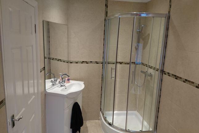 Bathroom of Donnington Road, Norfolk Park, Sheffield S2