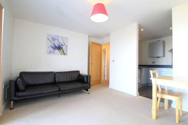 Thumbnail Flat to rent in Victoria Wharf, Watkiss Way, Cardiff
