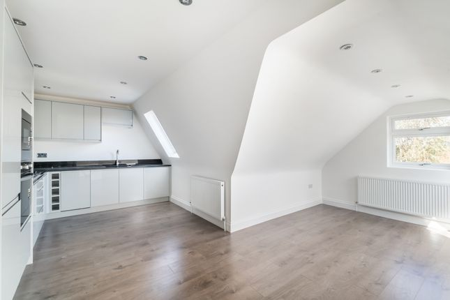 Thumbnail Flat for sale in Erskine Road, Sutton