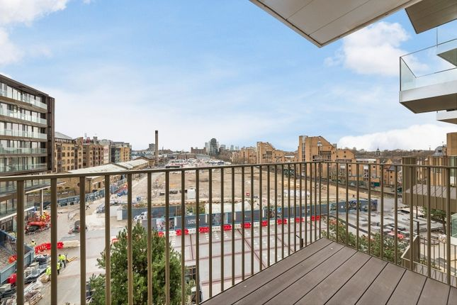 Thumbnail Flat for sale in Admiral Wharf, London Dock