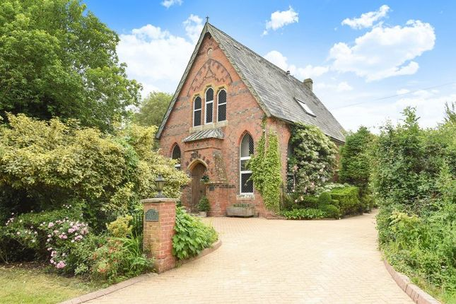 Thumbnail Detached house for sale in Ecchinswell, Newbury