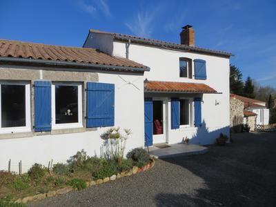 4 bed property for sale in Poiroux, Vendée, France