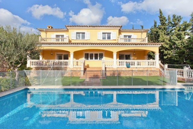Thumbnail Villa for sale in Spain, Mallorca, Marratxí, Sa Cabaneta