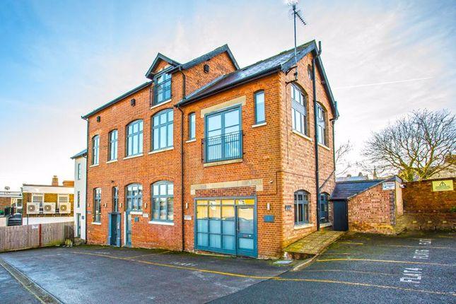 2 bed flat to rent in Moreton Road, Buckingham MK18