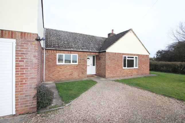 Thumbnail Bungalow to rent in High Street, Little Staughton, Bedford