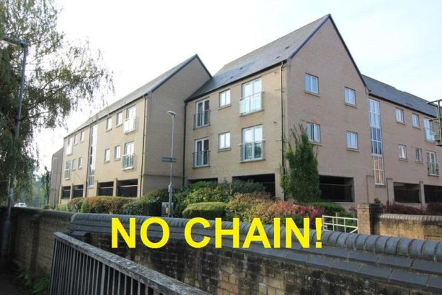 Thumbnail Flat for sale in Skipper Way, Little Paxton, St Neots, Cambridgeshire