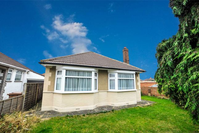 Thumbnail Bungalow for sale in Parsonage Manorway, Belvedere