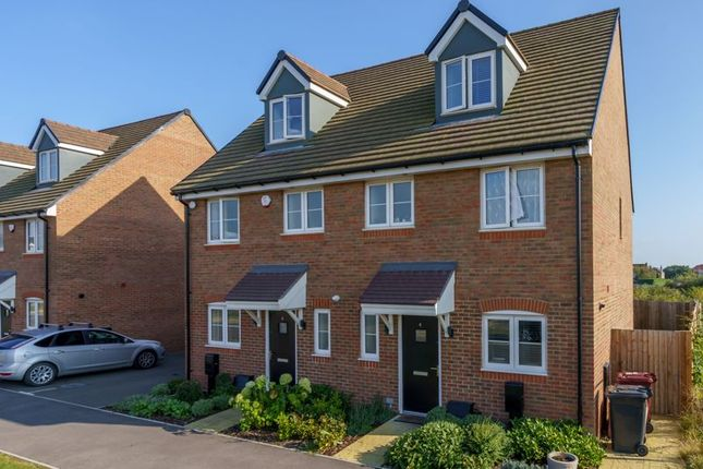 3 bed end terrace house for sale in Western Road, Chichester PO20