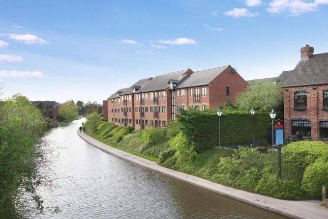 Flat for sale in The Moorings, Leamington Spa