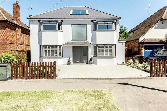 Thumbnail Detached house to rent in Basingfield Road, Thames Ditton