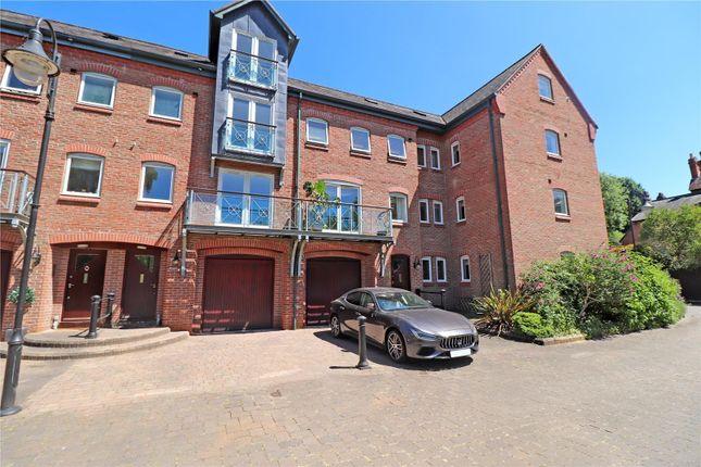 Thumbnail Property for sale in Rock Mill Lane, Leamington Spa, Warwickshire