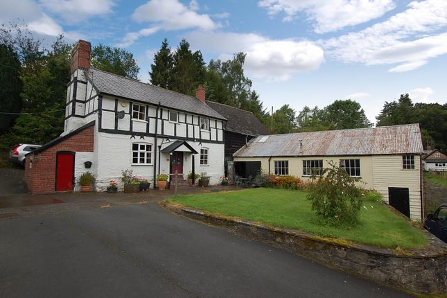 Thumbnail Detached house for sale in Pontdolgoch, Caersws