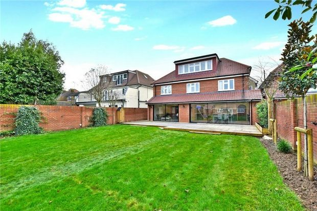 Thumbnail Detached house to rent in 31 Wellesley Avenue, Iver, Buckinghamshire
