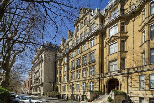 Thumbnail Flat for sale in Harley House, London