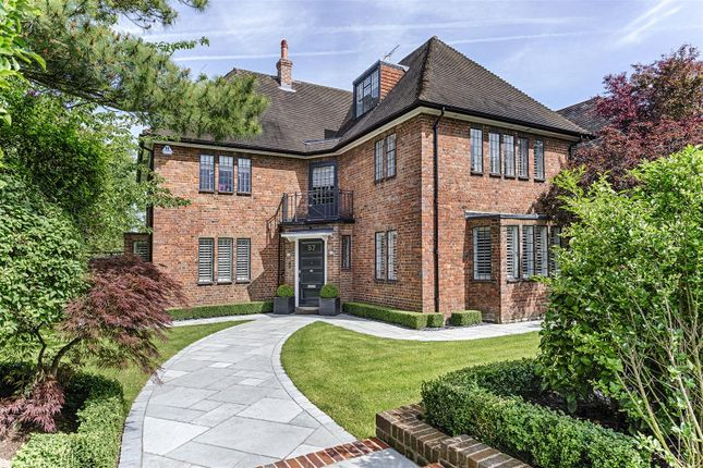 Thumbnail Detached house to rent in Meadway, Hampstead Garden Suburb
