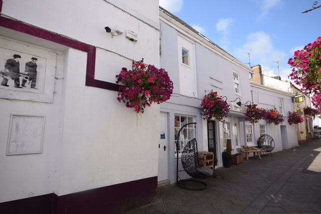 Thumbnail Flat to rent in Cooper Street, Bideford, Devon