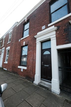 Thumbnail Terraced house to rent in St. Philips Road, Preston