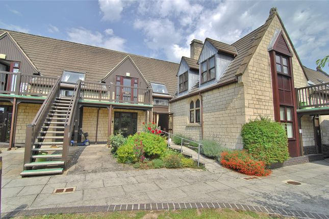 Thumbnail Flat for sale in St Matthews Court, Church Road, Stroud, Gloucestershire