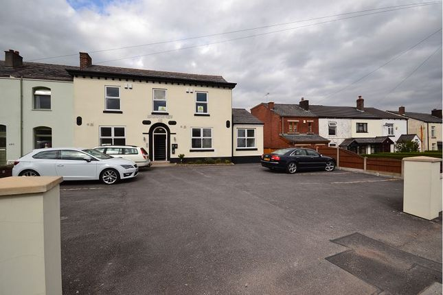 Thumbnail Flat to rent in Bolton Road, Aspull, Wigan