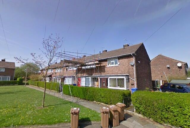 2 bed end terrace house to rent in Crescent Drive, Walkden, Manchester M38