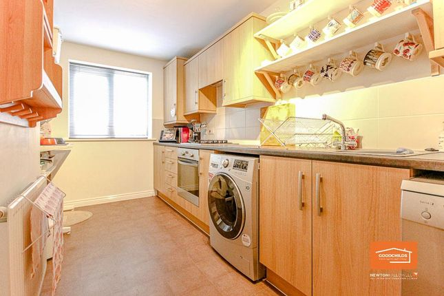 Kitchen of Penmire Grove, Walsall WS4