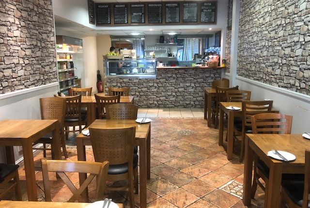Thumbnail Restaurant/cafe for sale in Illford, London