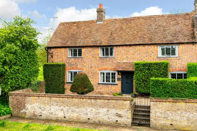 Thumbnail Cottage for sale in Main Road South, Dagnall, Berkhamsted